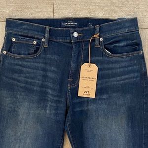 Lucky Brand Jeans 221 straight Frances 33x30